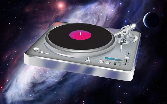 vesmír a gramofon