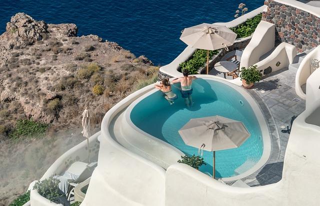 Bazén na řeckém ostrově